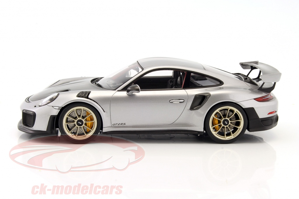 ck modelcars wap0211510j porsche 911 991 ii gt2 rs year 2017 silver black with showcase 1. Black Bedroom Furniture Sets. Home Design Ideas