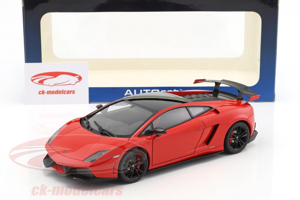 Lamborghini Gallardo LP570 Supertrofeo Stradale Year 2011 Red 1:18 AUTOart