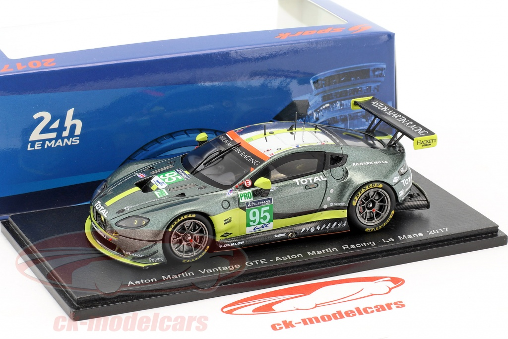 Aston martin gte real racing 3