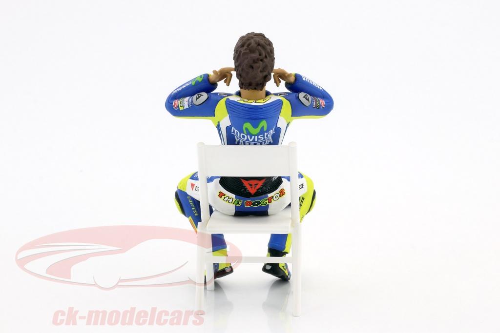 CK-Modelcars - 312140046: Valentino Rossi figure Checking the ear plugs MotoGP 2014 1:12 ...