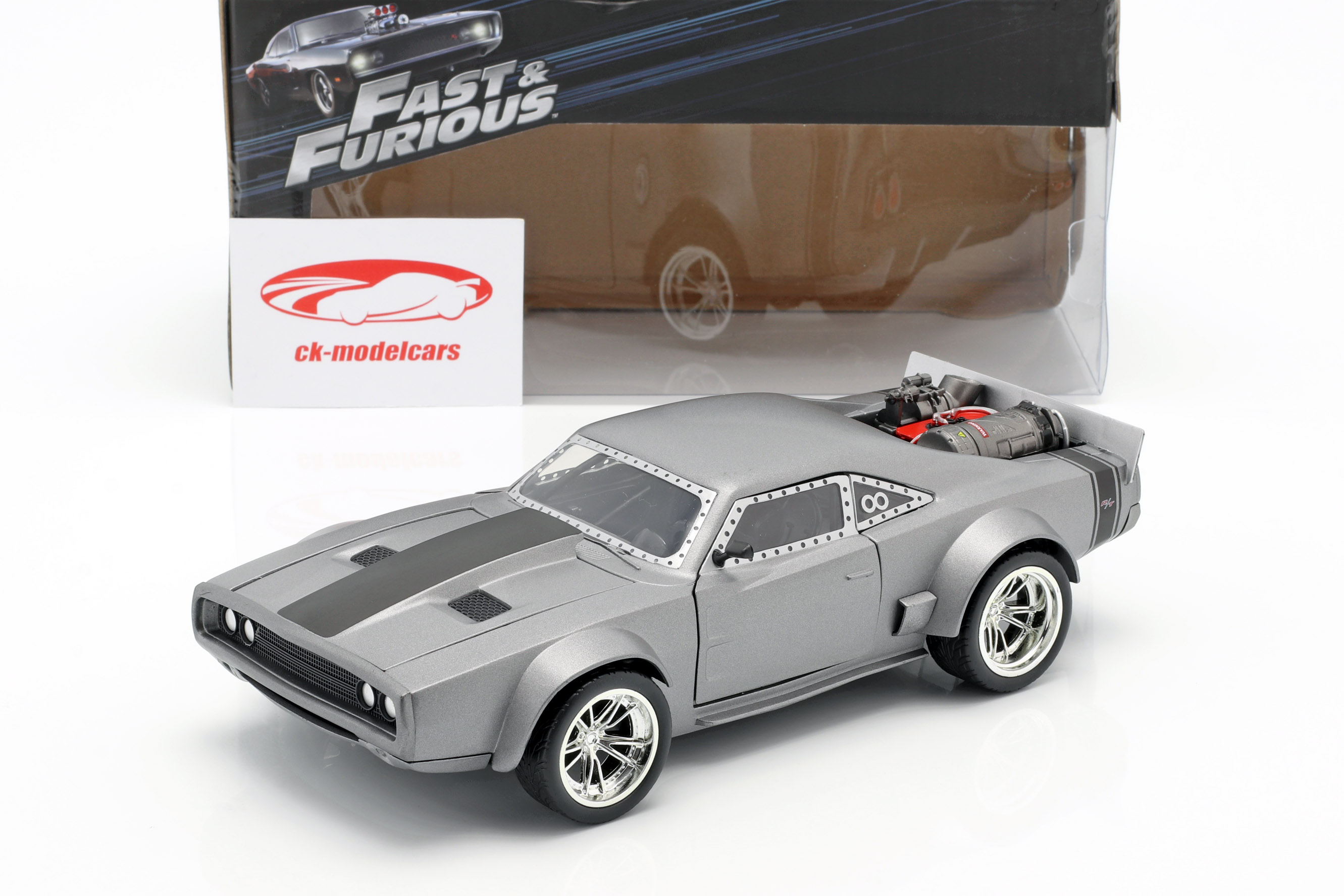 Dom's Ice Dodge Charger R/T Fast and Furious 8 zilver 1:24 Jada Toys