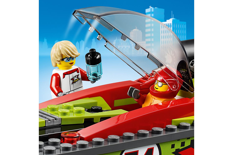LEGO® City Rennboot-Transporter