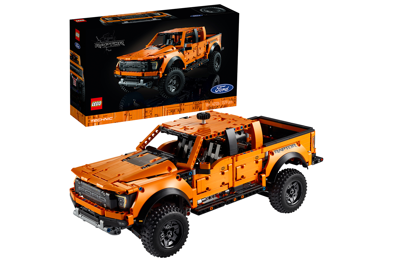 lego-technic-ford-f-150-raptor-42126/